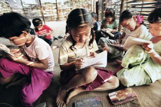 UNHCR الاستراتيجية التعليمية لل